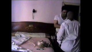 افلام سكس امهات عربي فضيحة نيك هانم محجبة مع السواق العربية xxx أنبوب