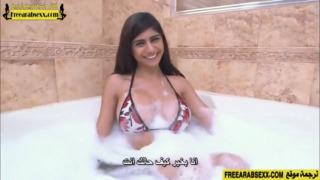ميا خليفة تتناك في الشاور من صديقها العربية xxx أنبوب